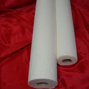 Еднократни чаршафи от хартия, навити на ролка